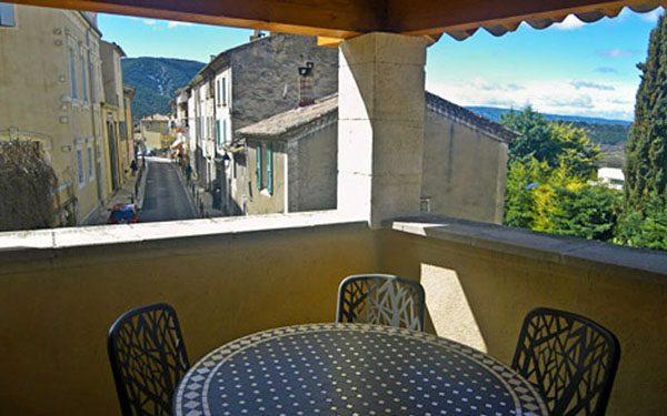 Bonnieux apartment - terrace